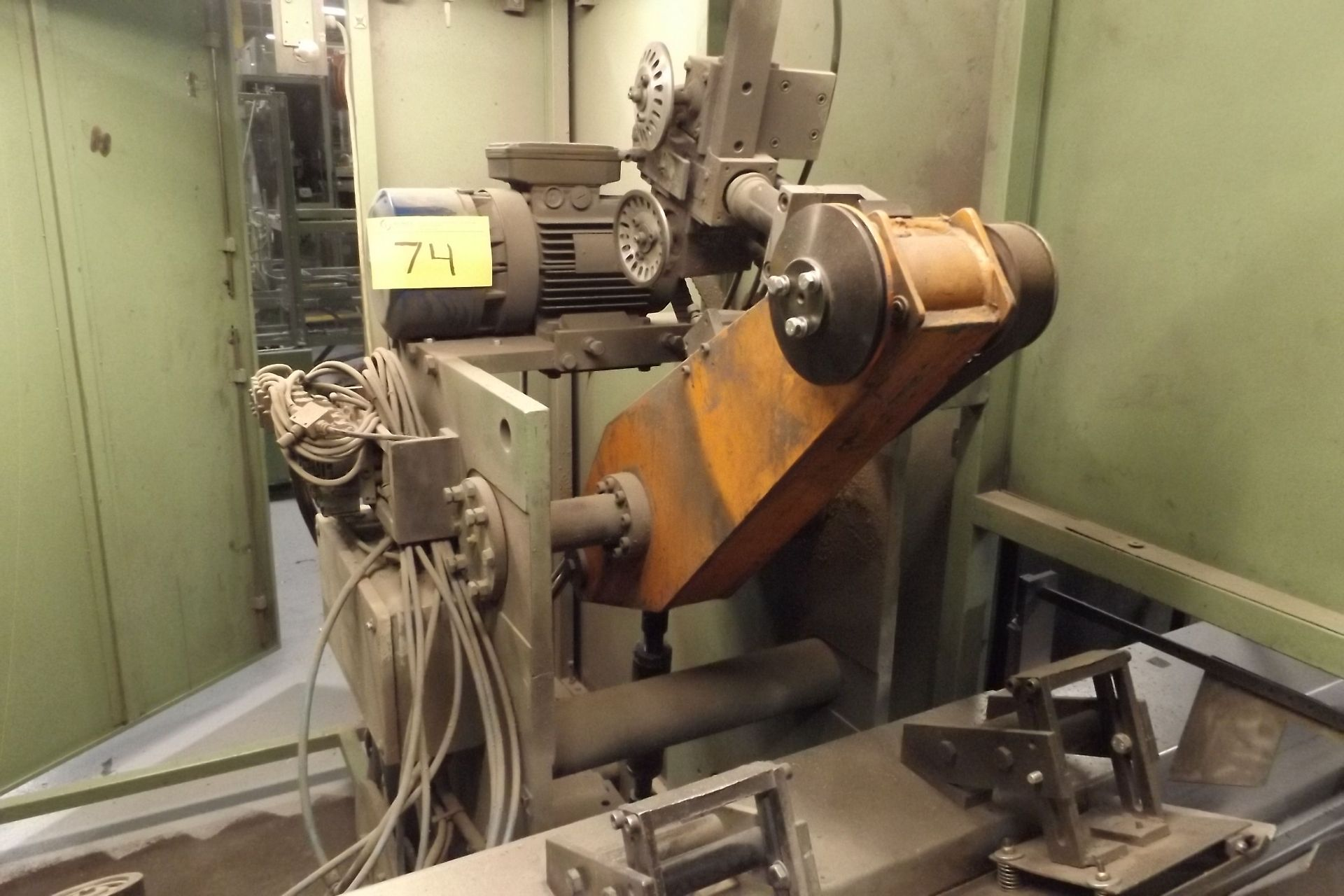 Lot 74 - 1998 ITAL CONVERTING LS-180 EFP Log Saw, s/n 00165, Saw Cut Length / Slitter Position Width: 9.