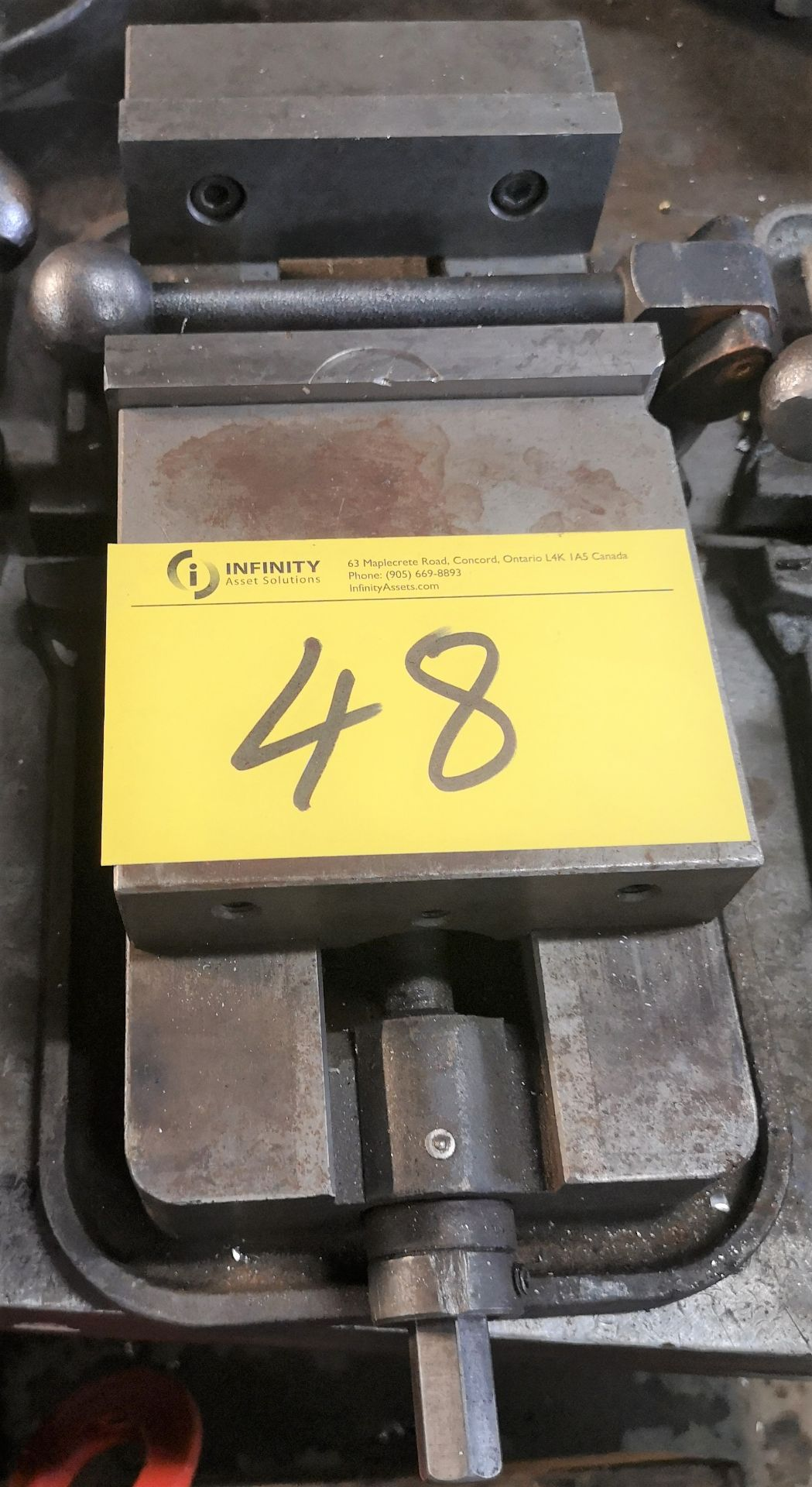 "Lot 48 - 6"" MACHINE VISE"