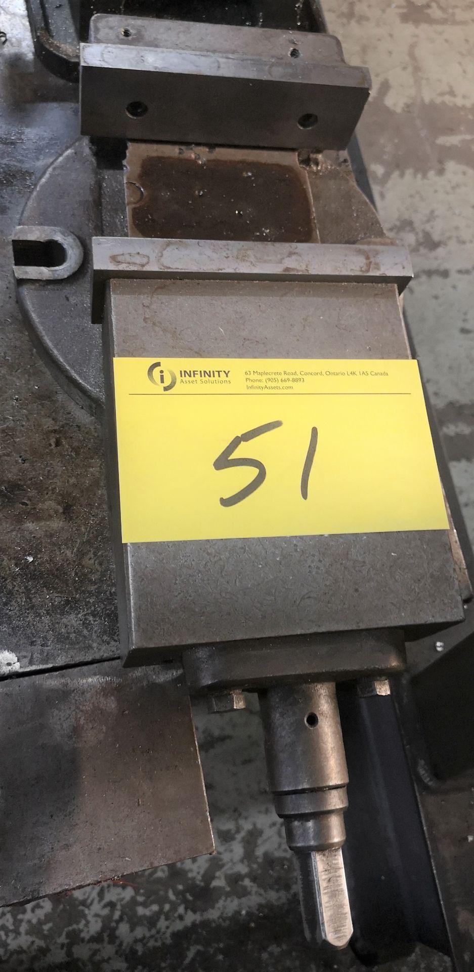 "Lot 51 - 6"" MACHINE VISE"