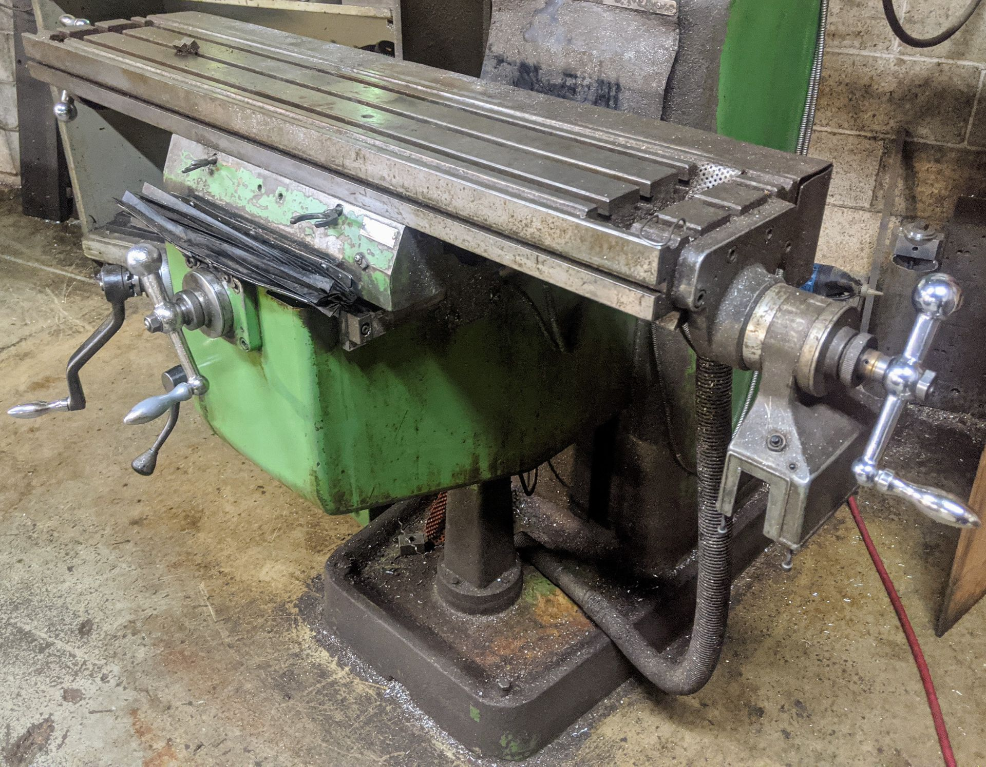 "Lot 33 - POWERMILL KONDIA FV-1 Vertical Mill, Mitutoyo 2-Axis DRO, 40 Taper, 9"" x 48"" Table, 60 – 4,000"