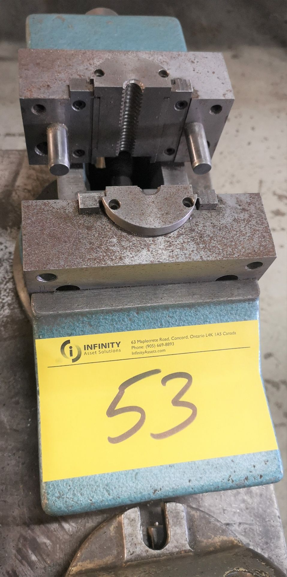 "Lot 53 - 6"" SWIVEL VISE"
