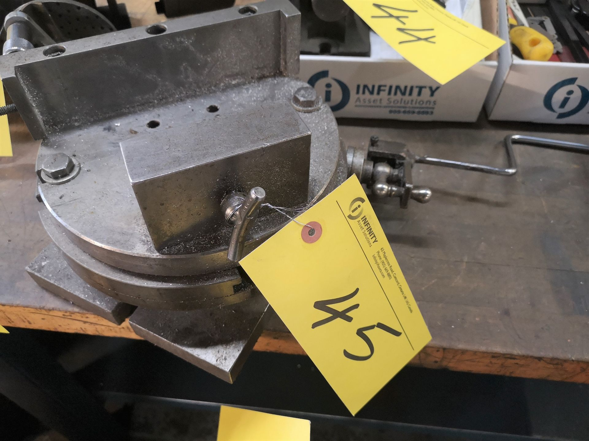"""Lot 45 - 10"""" ROTARY TABLE"""