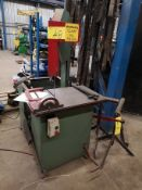 E-R MAIER KM1012 VERTICAL BANDSAW, SN:126504, W/PAIR OF ROLLER TRI STANDS