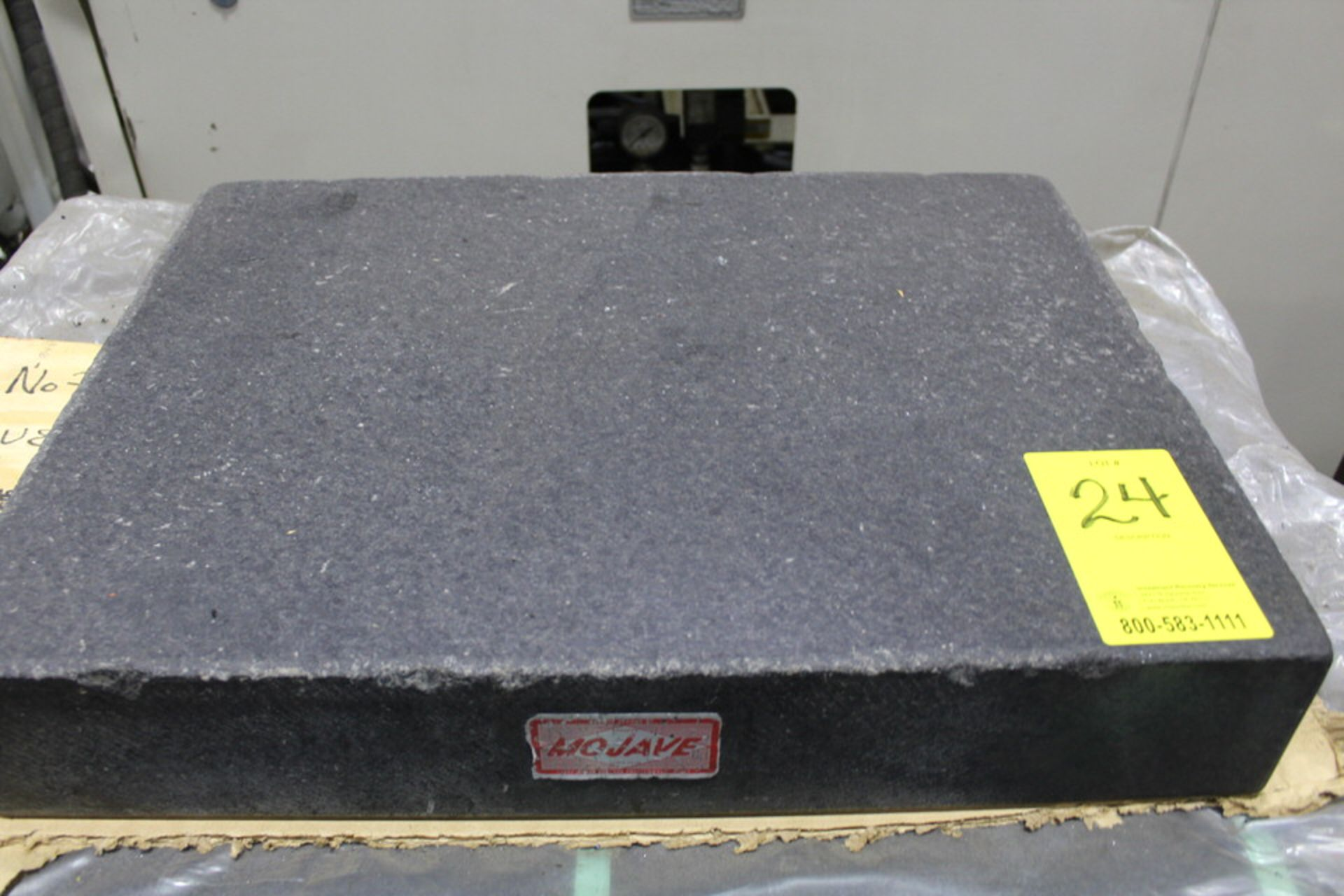 """Lot 24 - 24"""" X 18"""" X 4"""" GRANITE SURFACE TABLE"""