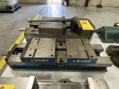 "Kurt 6"" Self-Centering Machine Vise"