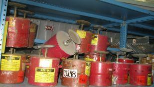 Solvent rag dampening cans