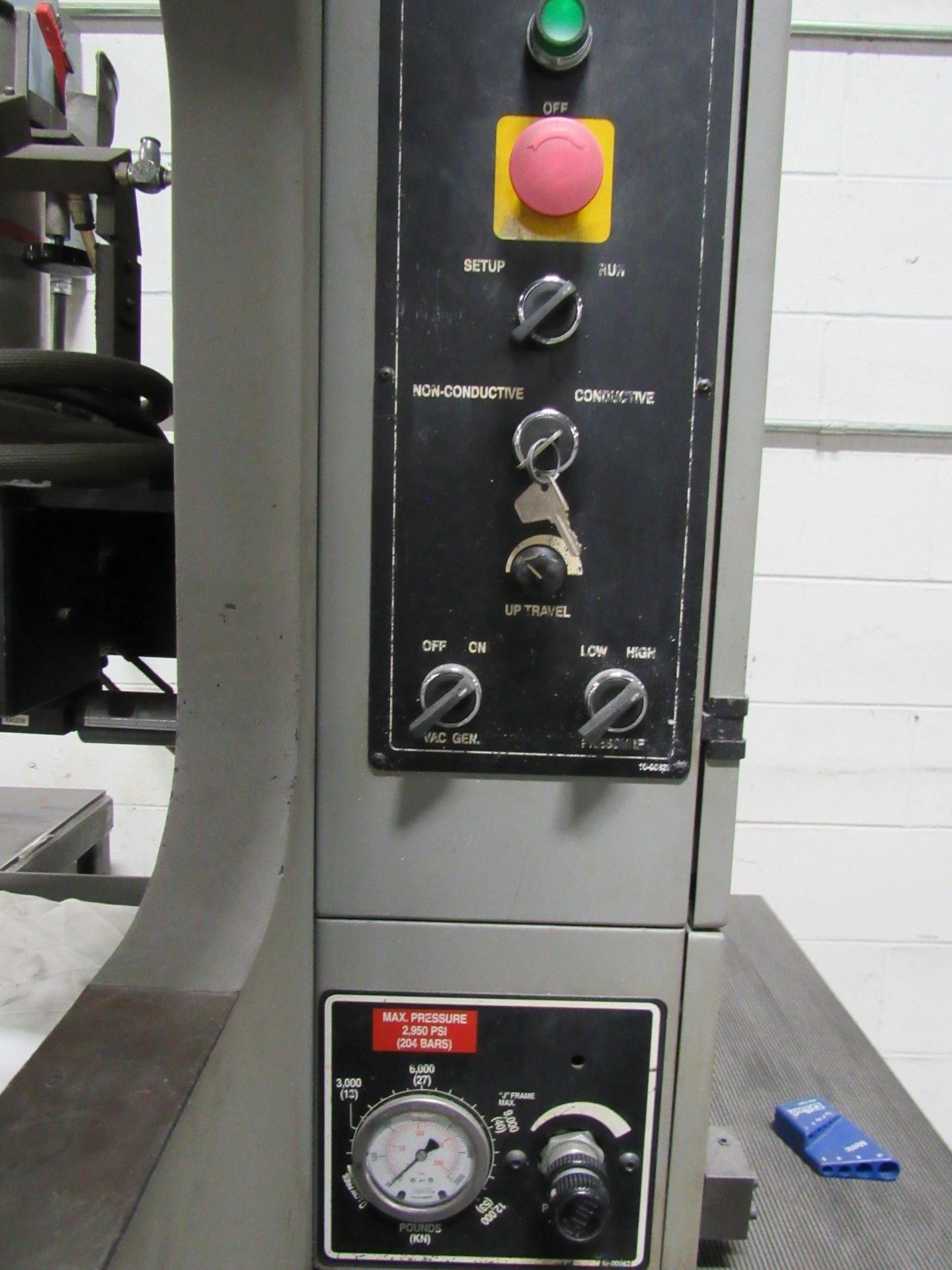 Lot 111 - Haeger 6 Ton Hydraulic Insertion / Assembly Press. NEW 1997