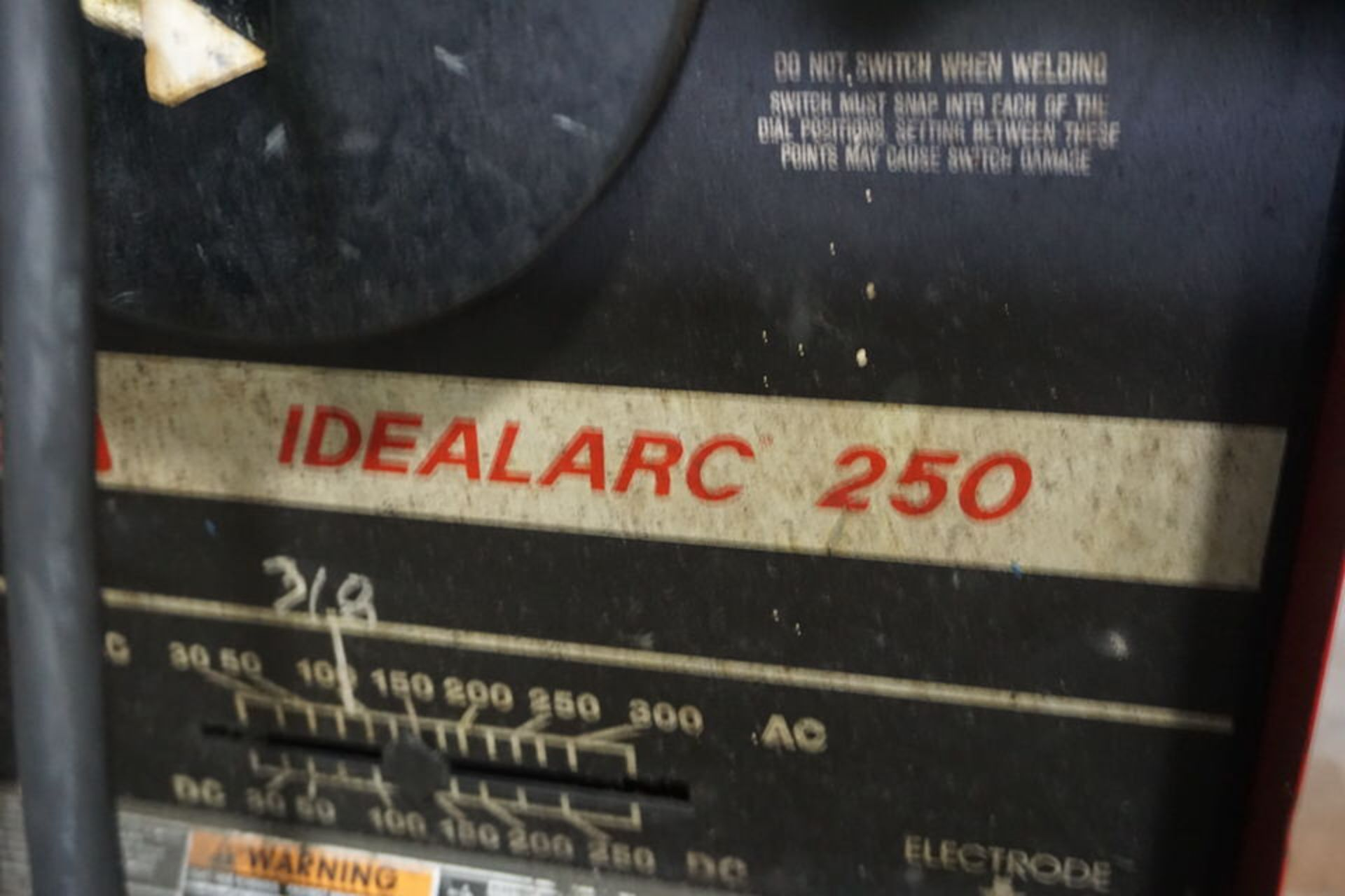 LINCOLN IDEALARC 250 WELDER - Image 2 of 2