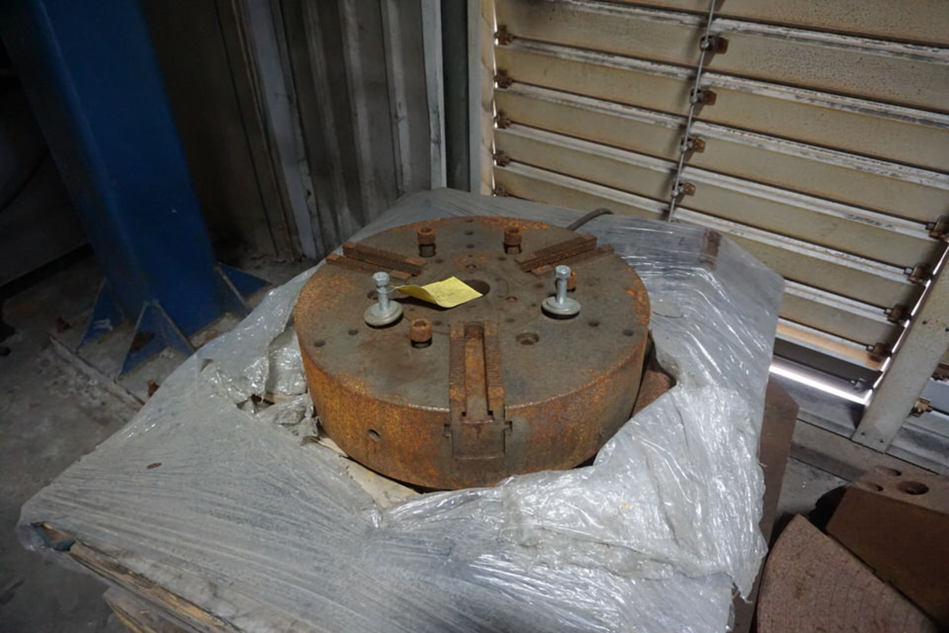 "(6) ASST CHUCKS, FROM 15"" UP TO 32"", 3 & 4 JAW - Image 3 of 6"