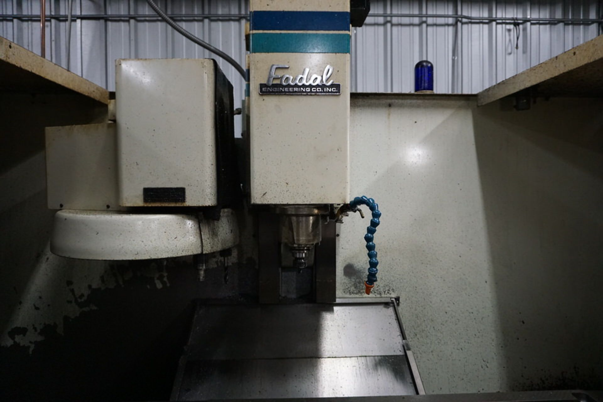 FADAL 4020 VERTICAL MACHINING CENTER W/ FADAL CNC 88 CONTROL - Image 2 of 8