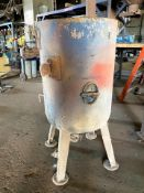 Kelco Sand Blast Hopper-vessel only