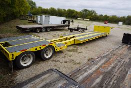1997 TRAIL KING TK 70 ED DOUBLE DROP DECK EXTENDABLE TRAILER, TOP DECK IS 8' X 8', WELL: 8' X 26',