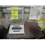 """Mettler Toledo ML204 Digi Balance s/n B007011820, 220 Gram w/ 12"""" x 18"""" Granite Surface Plate"""