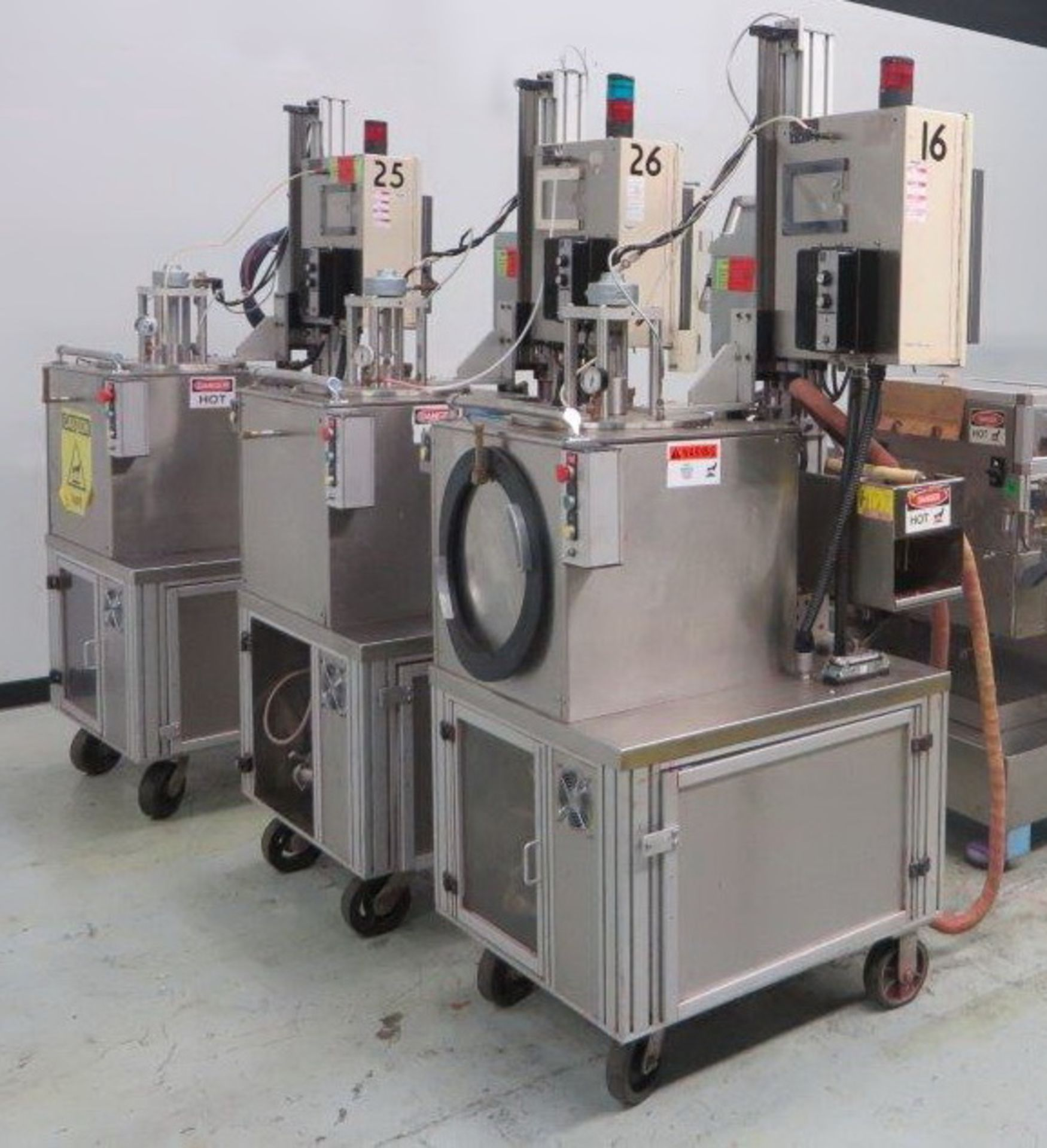 """Lot 6 - """"Cavalla type"""" (Cherry Burrell) Electrically heated, portable, jacketed, mixing and filling Kettle"""