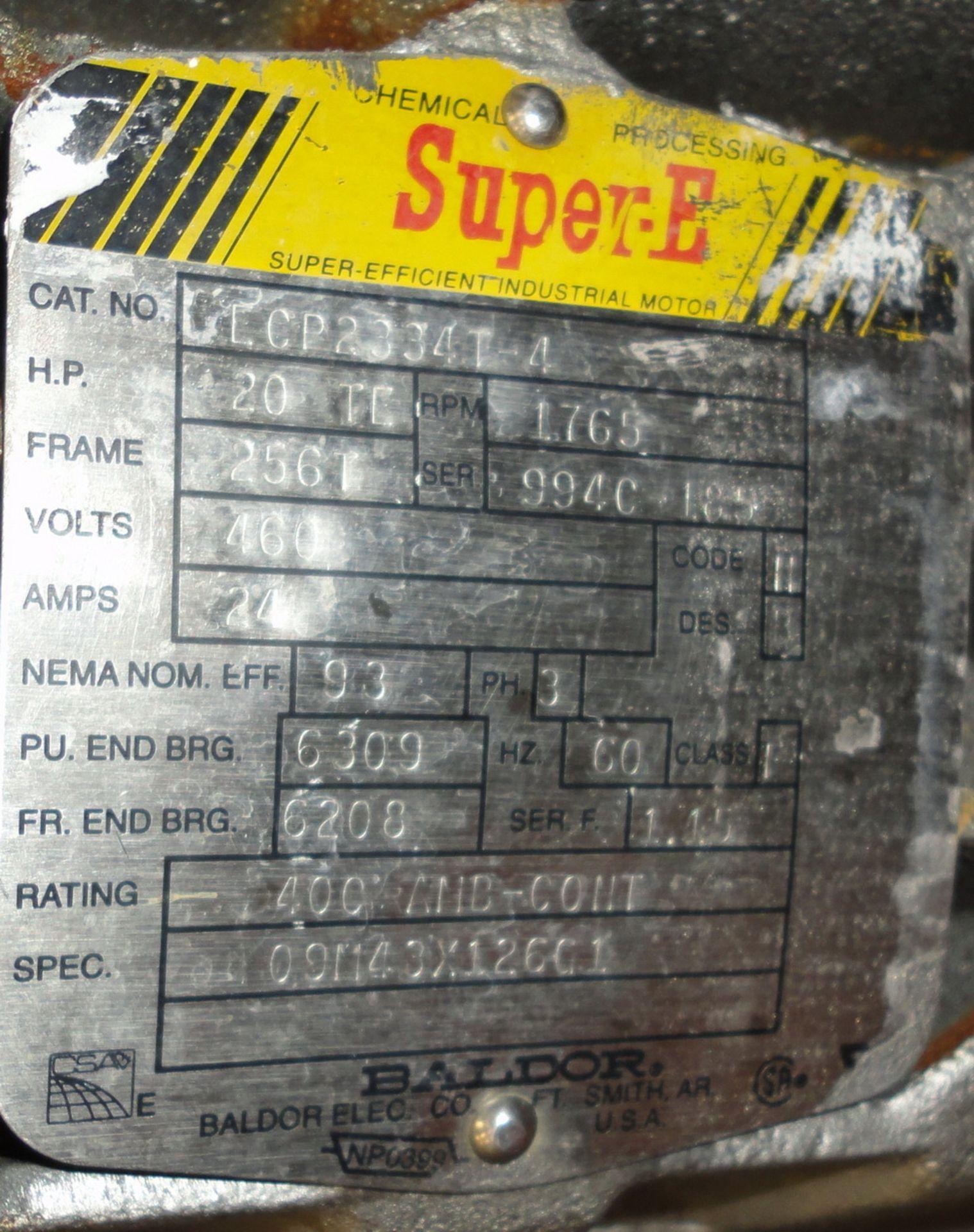 Lot 26 - Vertical 1500 Liter/400 gallon SS Jacketed Vacuum Process Tank