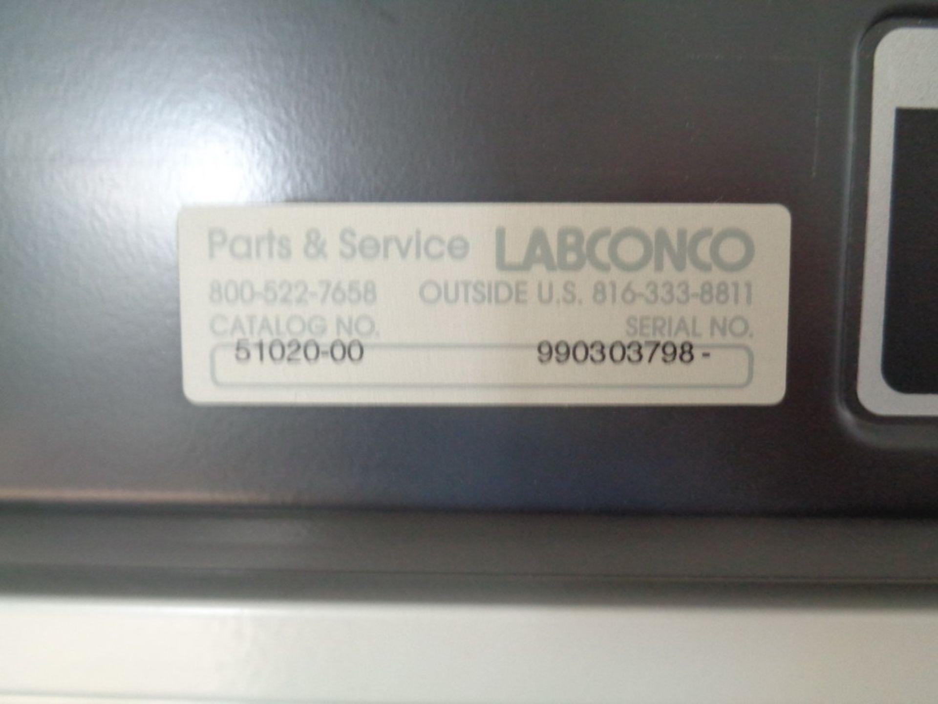 Lot 117 - Labconco PCR Enclosure, Cat# 51020-00, S/N 990303798