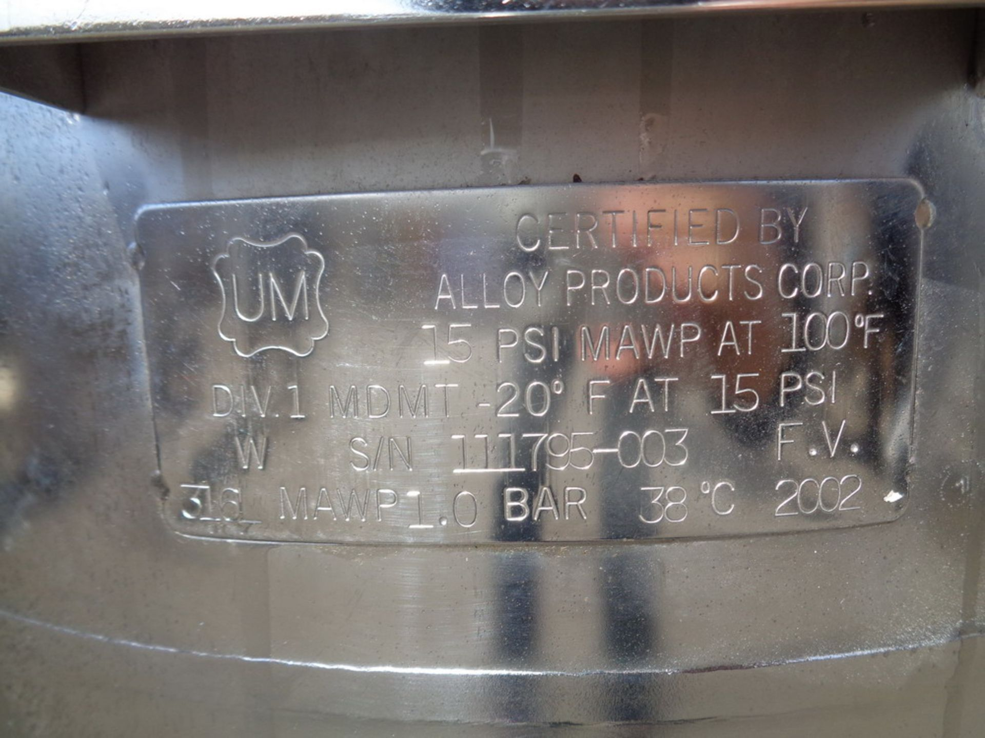 Lot 142 - Alloy Products 20 gallon Single Wall Electropolished 316SS Portable Vacuum Tank, S/N 111795-003