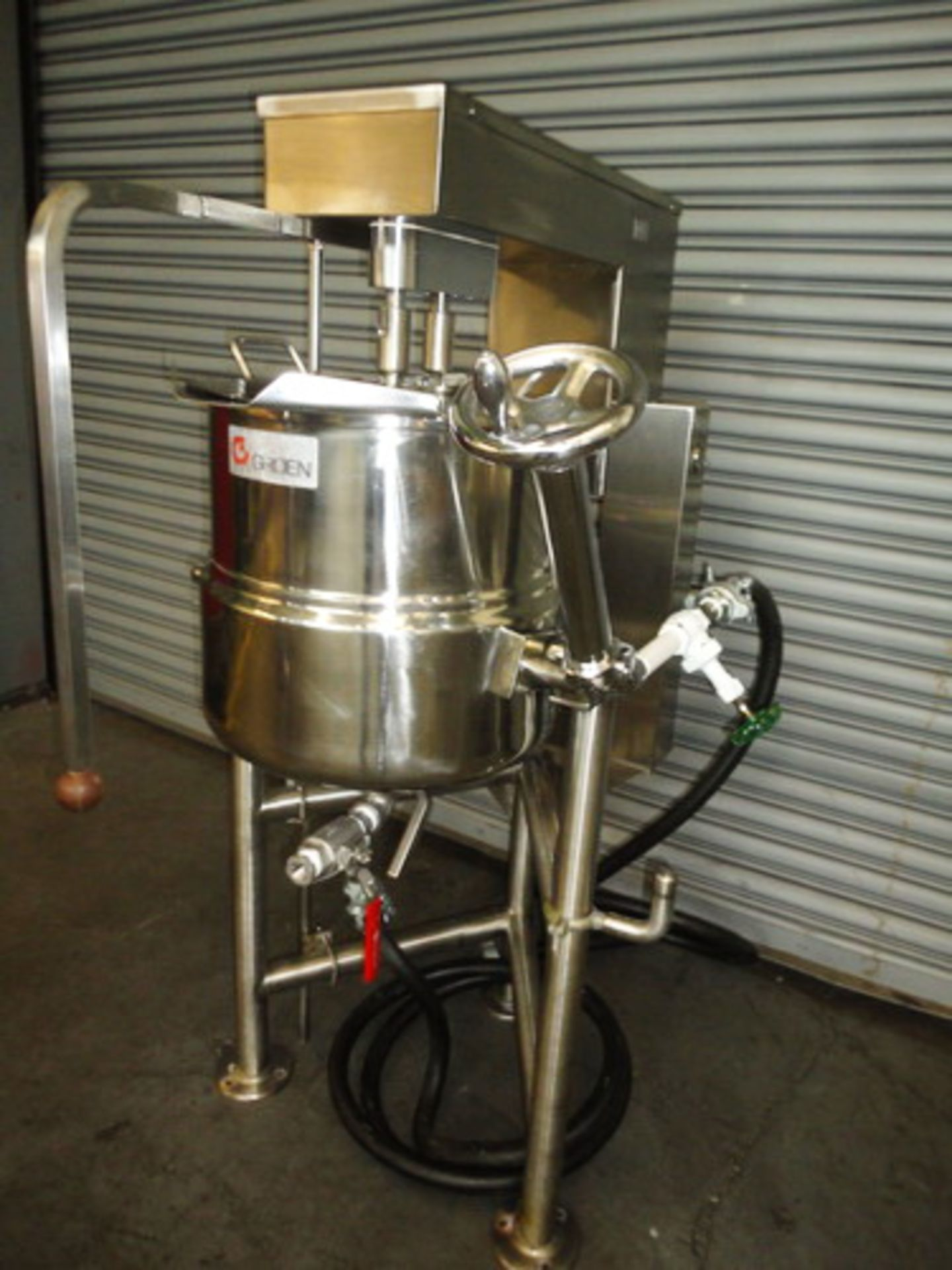 Lot 109 - Groen 10 Gallons (40 Quarts) type 316SS SS Jacketed Double Motion Scraper Kettle