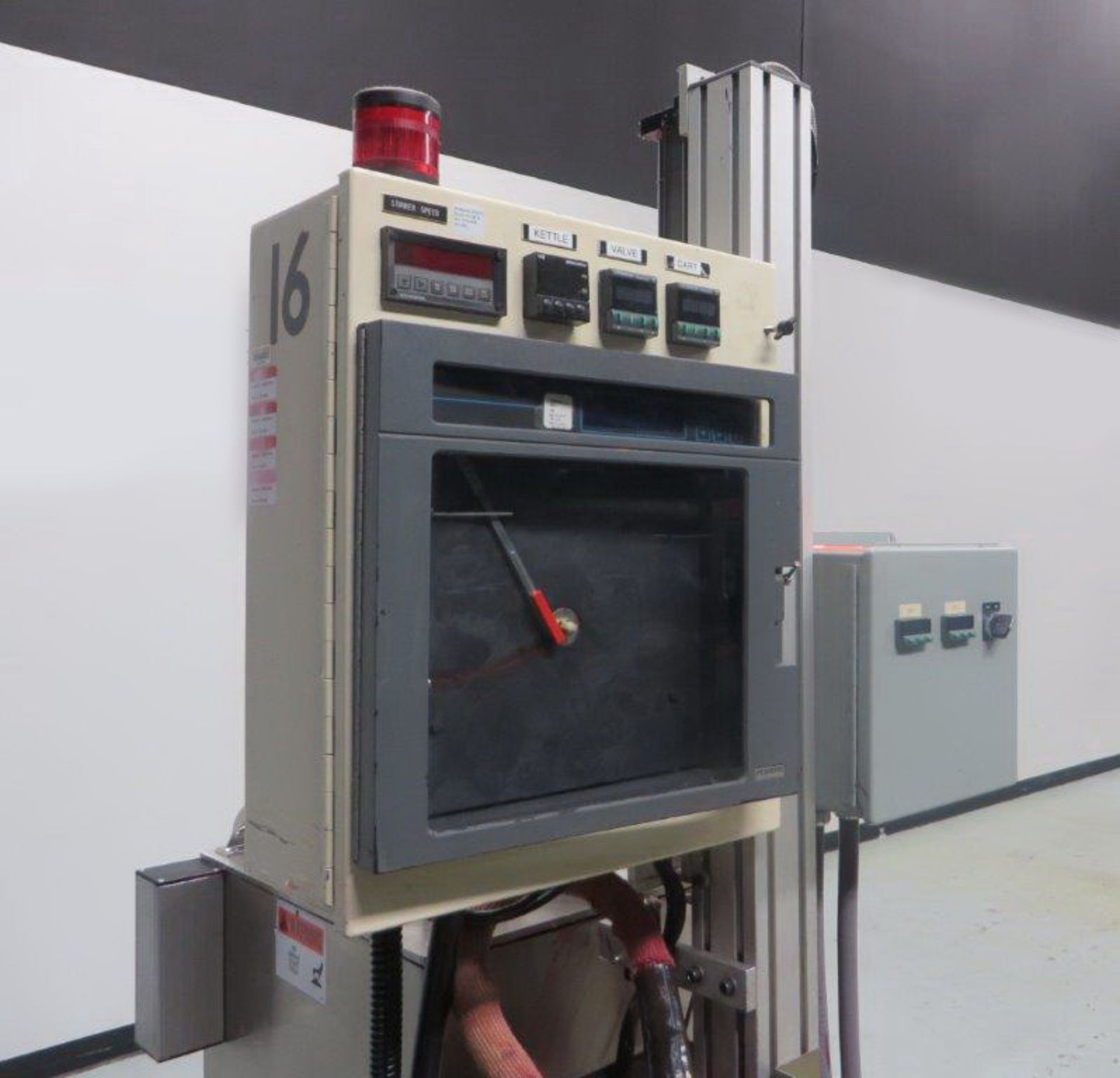 """Lot 8 - """"Cavalla type"""" (Cherry Burrell) Electrically heated, portable, jacketed, mixing and filling Kettle"""