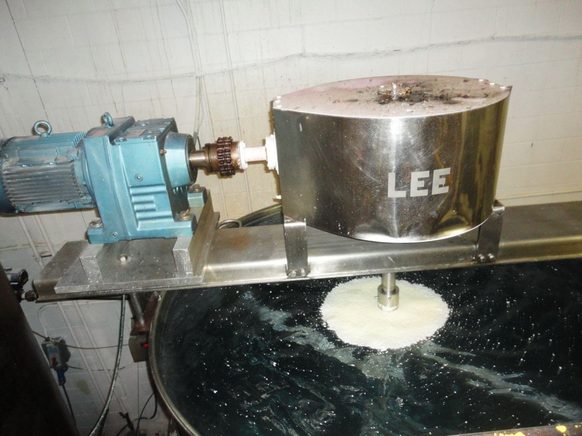 Lot 5 - Lee 1,500 Gallon SS Hemispherical Double Motion Scraper Jacketed Kettle