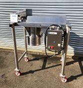 Quadro Stainless Steel Comil, Model 196, S/N 196 5 0134
