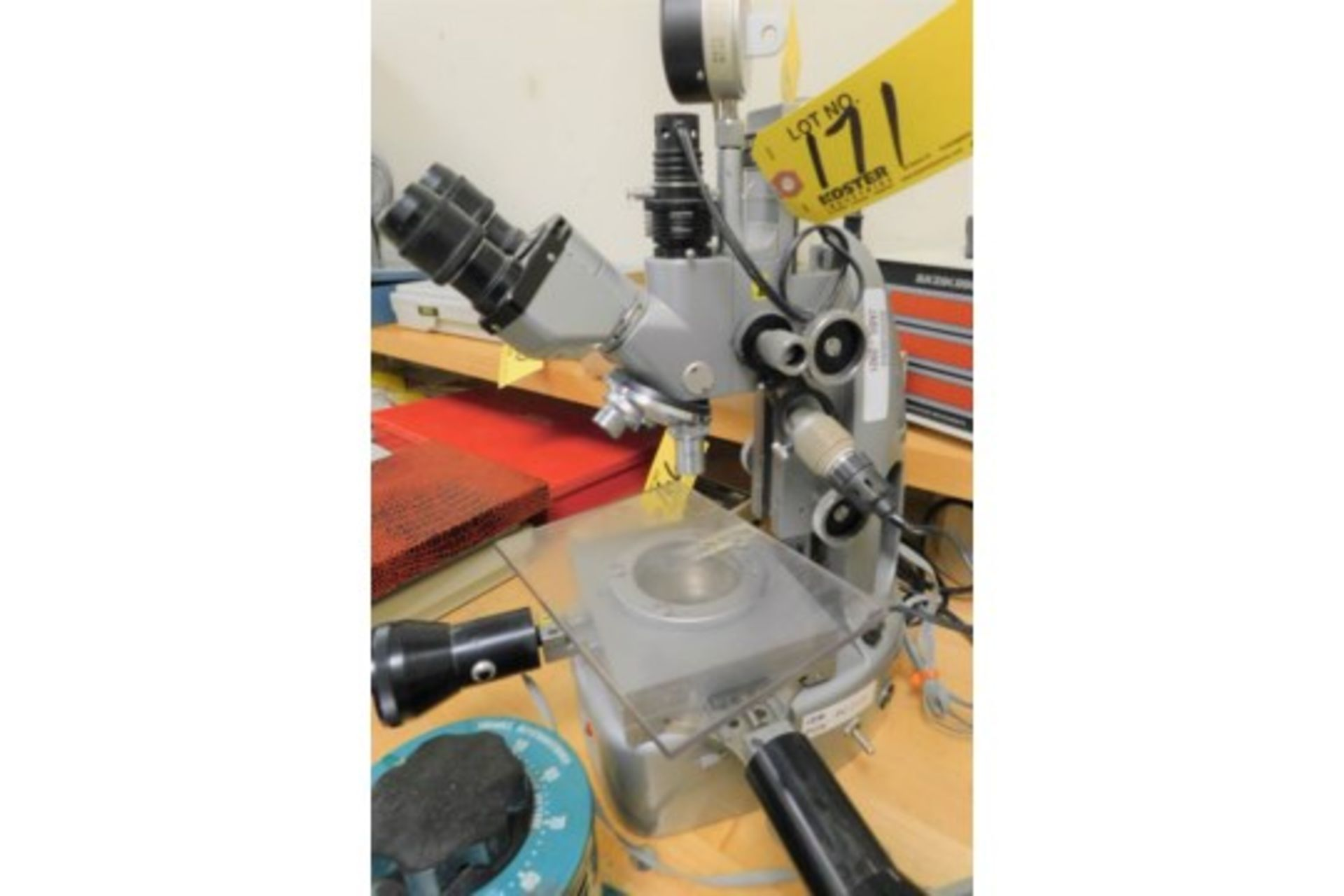 Lot 52 - UNITRON MDL. 7758 MICROSCOPE WITH MICROCODE DIGITAL READOUT[LOCATED AT 2455 SOUTH ROAD (ROUTE 9),