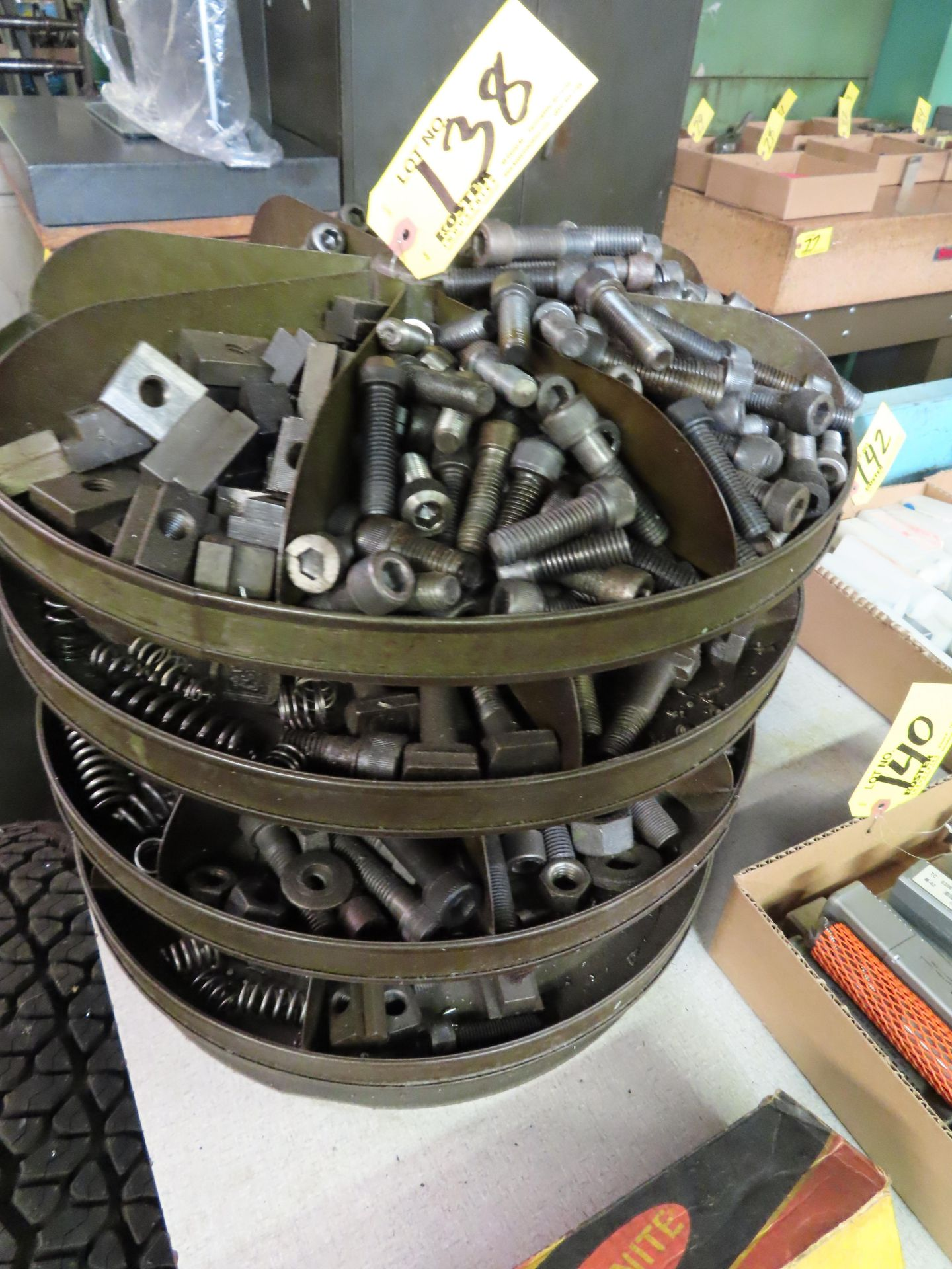 Lot 138 - 4-TIER ROTARY CAROUSEL WITH HARDWARE