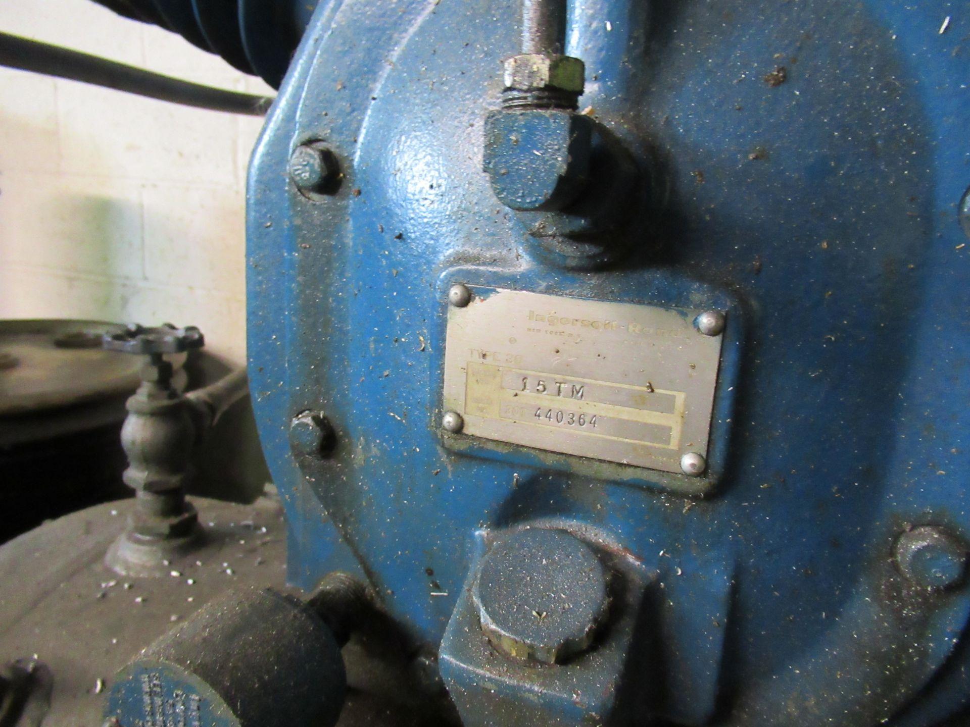 INGERSOLL RAND TYPE 30 MDL. 15TM PISTON TYPE HORIZONTAL TANK MOUNTED AIR COMPRESSOR, 15HP, 3- - Image 3 of 5