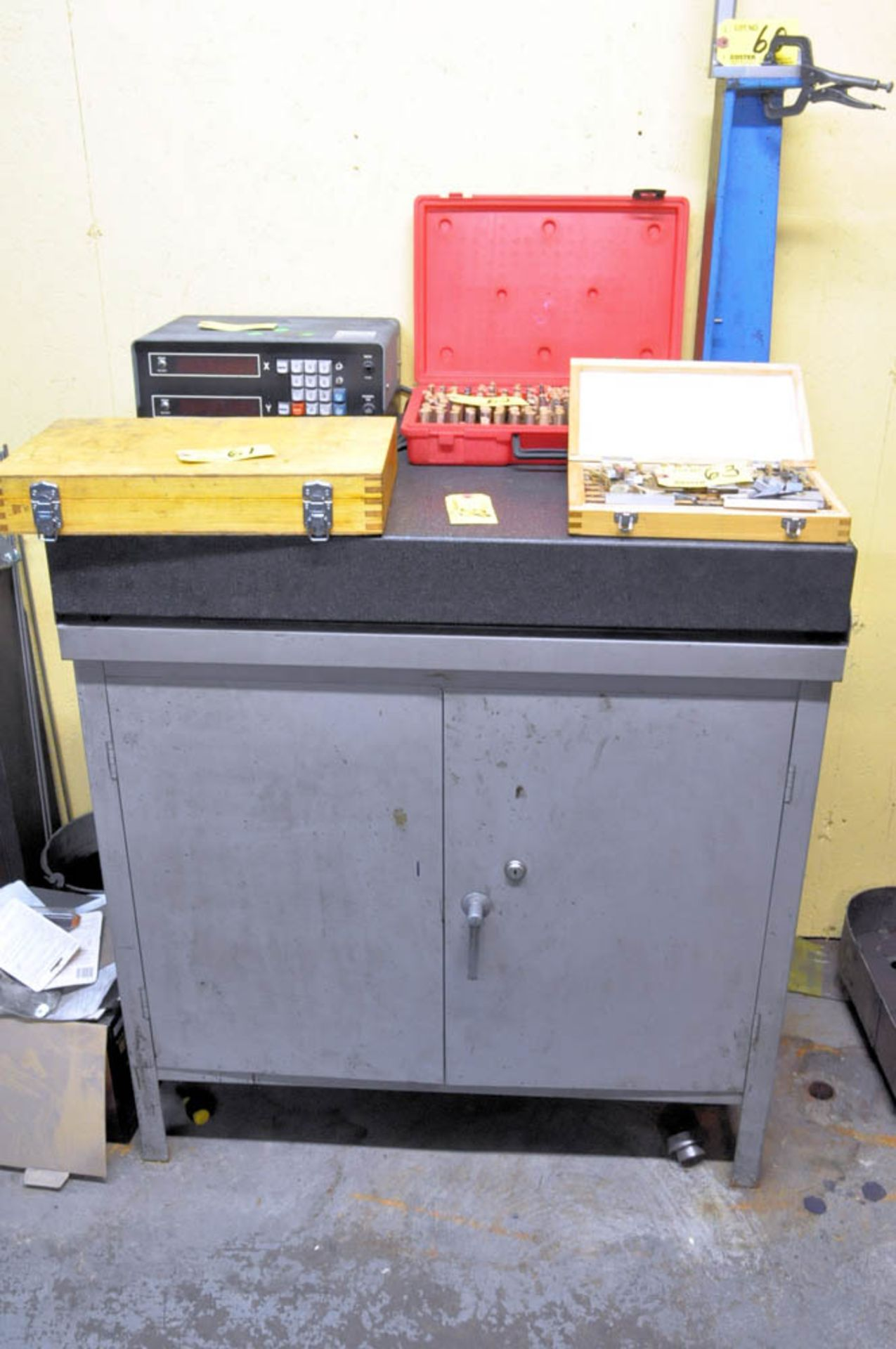 """24"""" X 36"""" X 4"""" BLACK GRANITE SURFACE PLATE WITH STEEL CABINET STAND, (CONTENTS NOT INCLUDED)"""