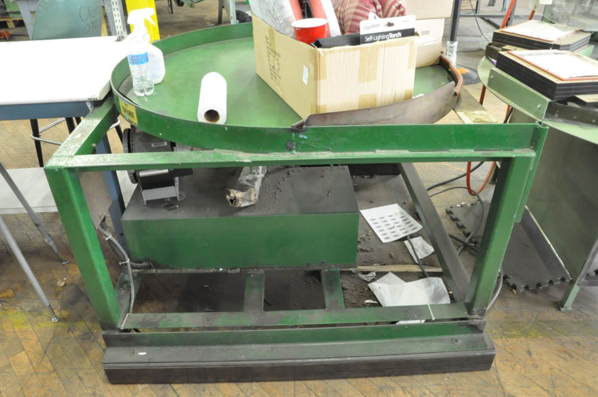 """Lot 202 - VISUAL THERMOFORMING LTD TYPE DS 6, 6-STATION INDEXING THERMOFORMING MACHINE, S/N:FA1402, WITH 48"""""""