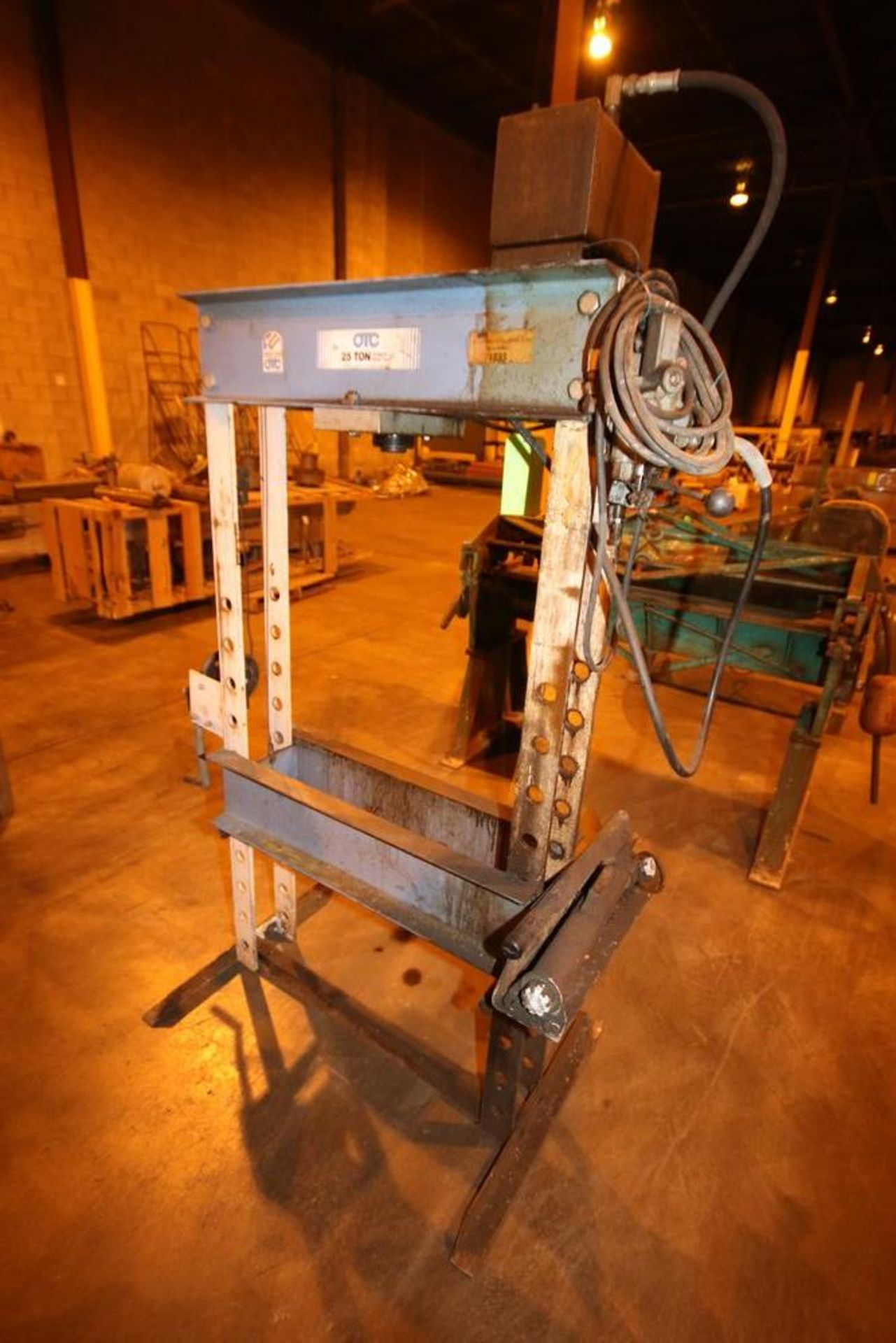 Lot 99 - OTC 25 Ton Hydraulic Shop Press Frame, S/N 1833, with G.E. 1 hp Motor (NOTE: Missing Press &