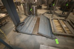 Platform Floor Scale, M/N 204, with (2) Ramps, with Cardinal Digital Read Out (LOCATED IN
