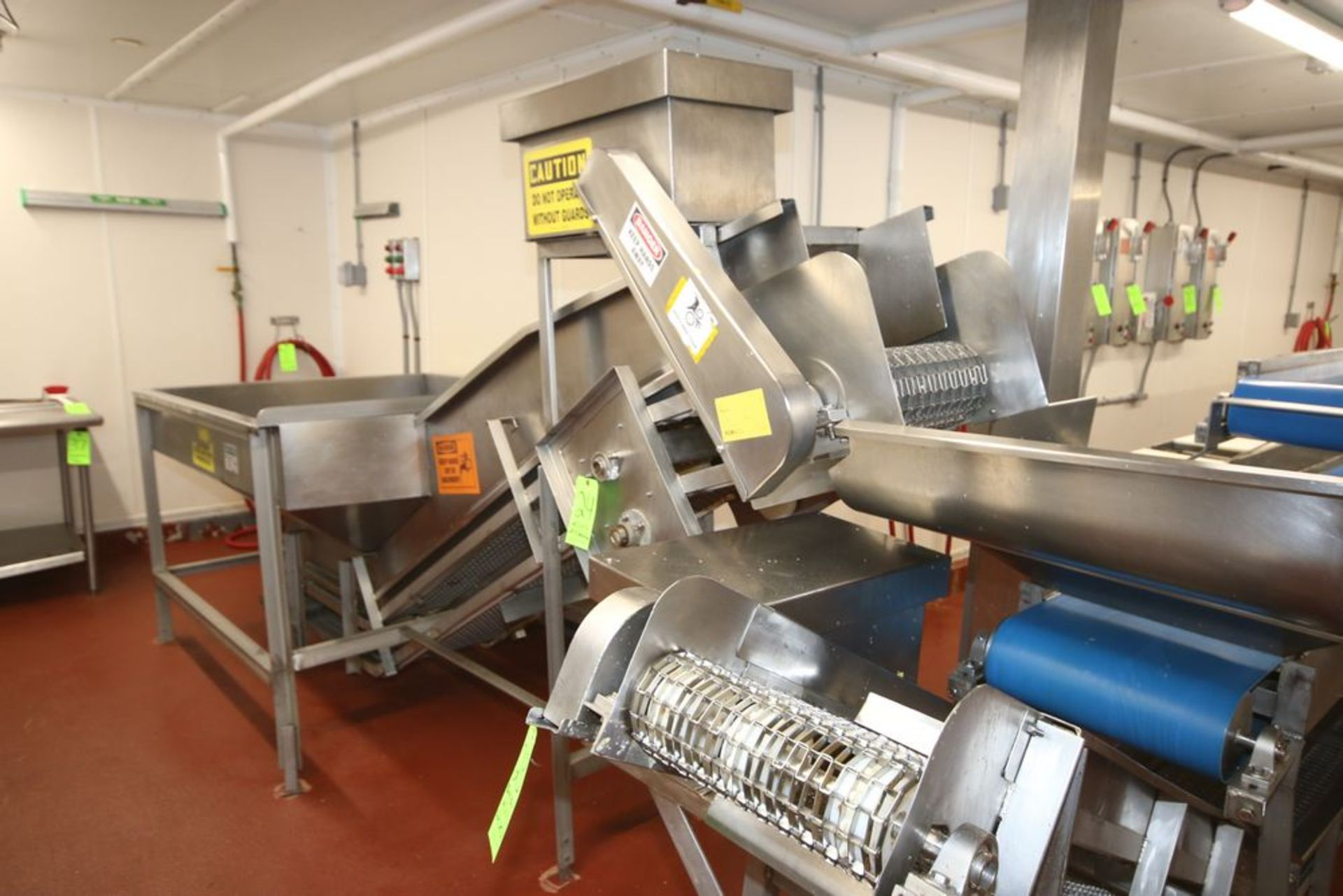 """Lot 24 - S/S Incline Conveyor with S/S Hopper, with S/S Mesh Belt with S/S Cleats, Belt Width: Aprox. 18"""""""