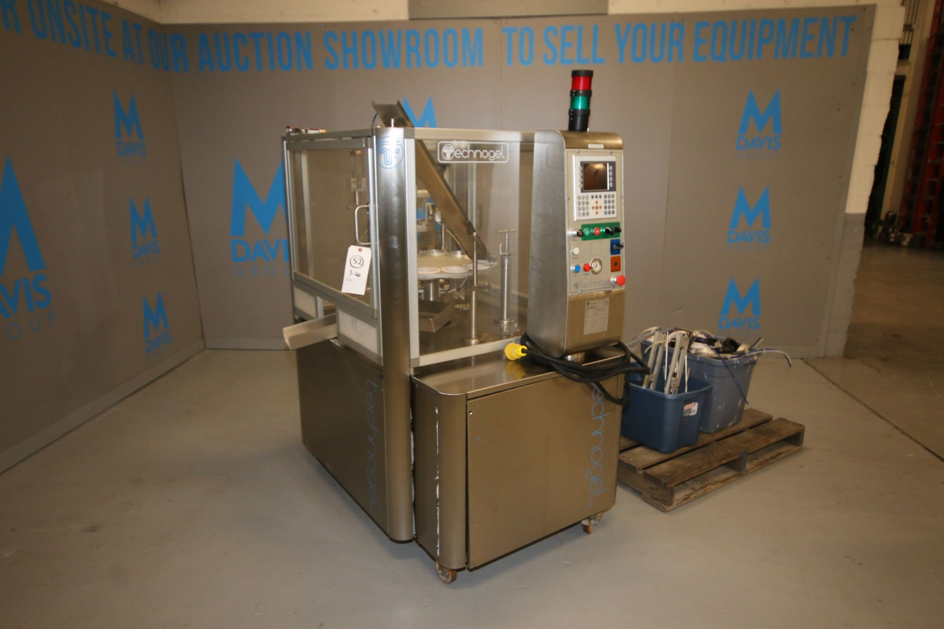 Lot 30 - 2010 Technogel 12-Station S/S Rotary Cup Filler, Machine Type: ROTARY 4000 ELETTRONICA, S/N R1058N/