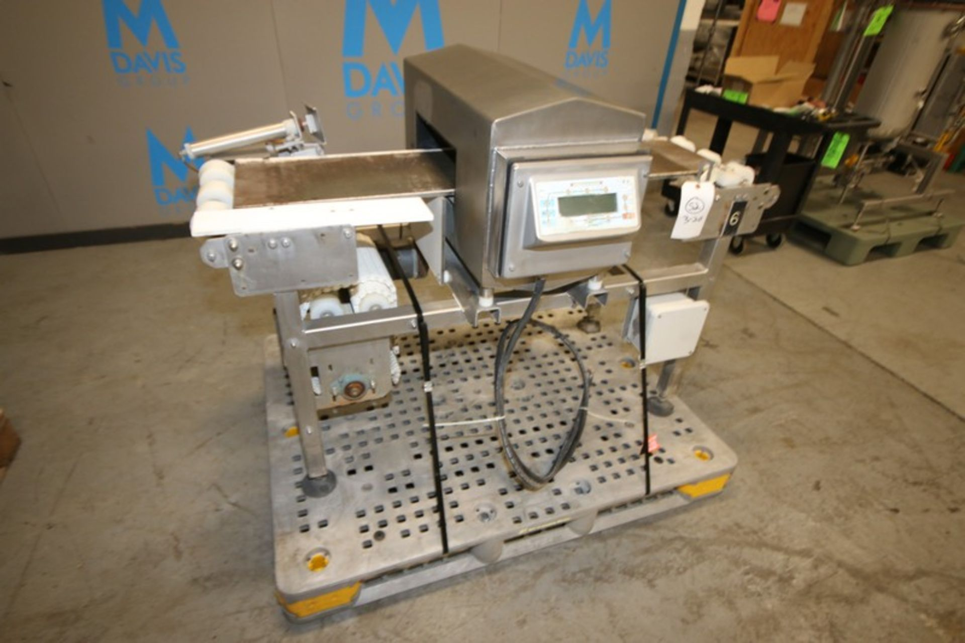 """Lot 15 - S/S Metal Detector, with Aprox. 13-1/2"""" W x 5"""" H x 13"""" Deep Product Opening, with Aprox. 12-1/2"""" W"""