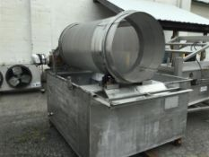 """30""""/62"""" S/S Dewatering Screen with Aprox. 500 Gal. Water Tank, 1 hp 3 ph, 208/230/460 V Motor Belt"""