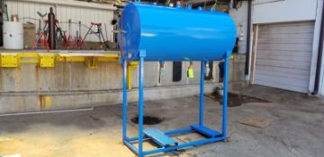 Horizontal Condensing Tank 300 gal (Located Elk Grove, IL) (Load/Rig Fee $200.00)