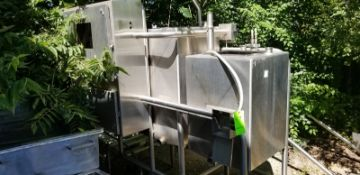 CIP, Water 70 gal and Caustic 120 gal Tanks (Located Elk Grove, IL) (Load/Rig Fee $100.00)