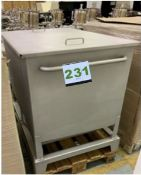 Never Used Sartarious Tote on Casters - - (LOCATED IN IOWA, RIGGING INCLUDED WITH SALE PRICE) --