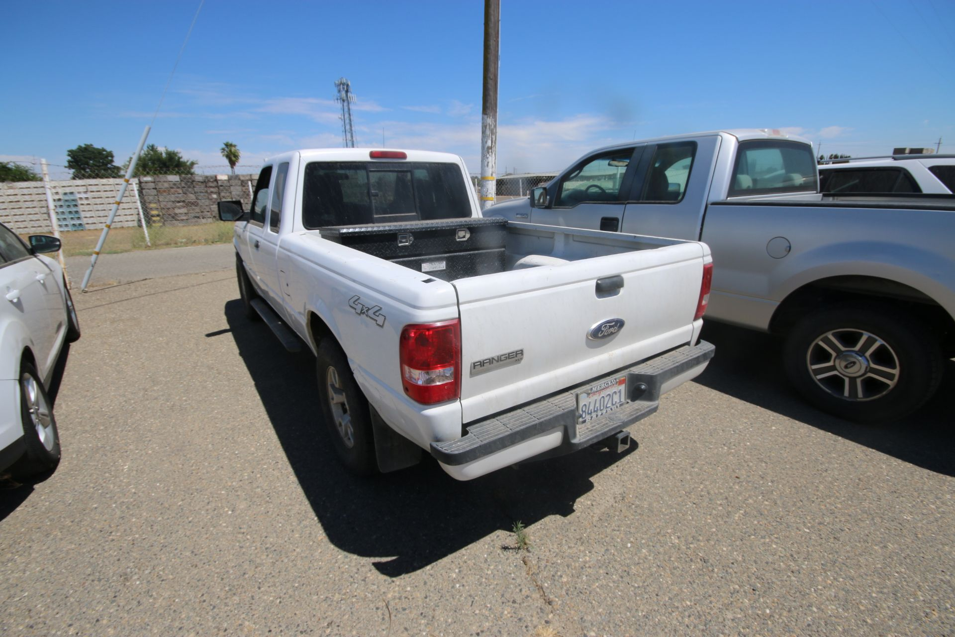 2011 White Ford Ranger Pick Up Truck, VIN #: 1FTLR4FE8BPA37482, with 160,443 Miles, Started Up as of - Image 7 of 24