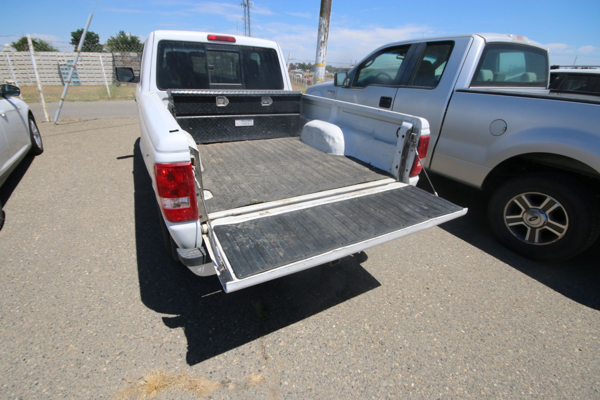 2011 White Ford Ranger Pick Up Truck, VIN #: 1FTLR4FE8BPA37482, with 160,443 Miles, Started Up as of - Image 6 of 24