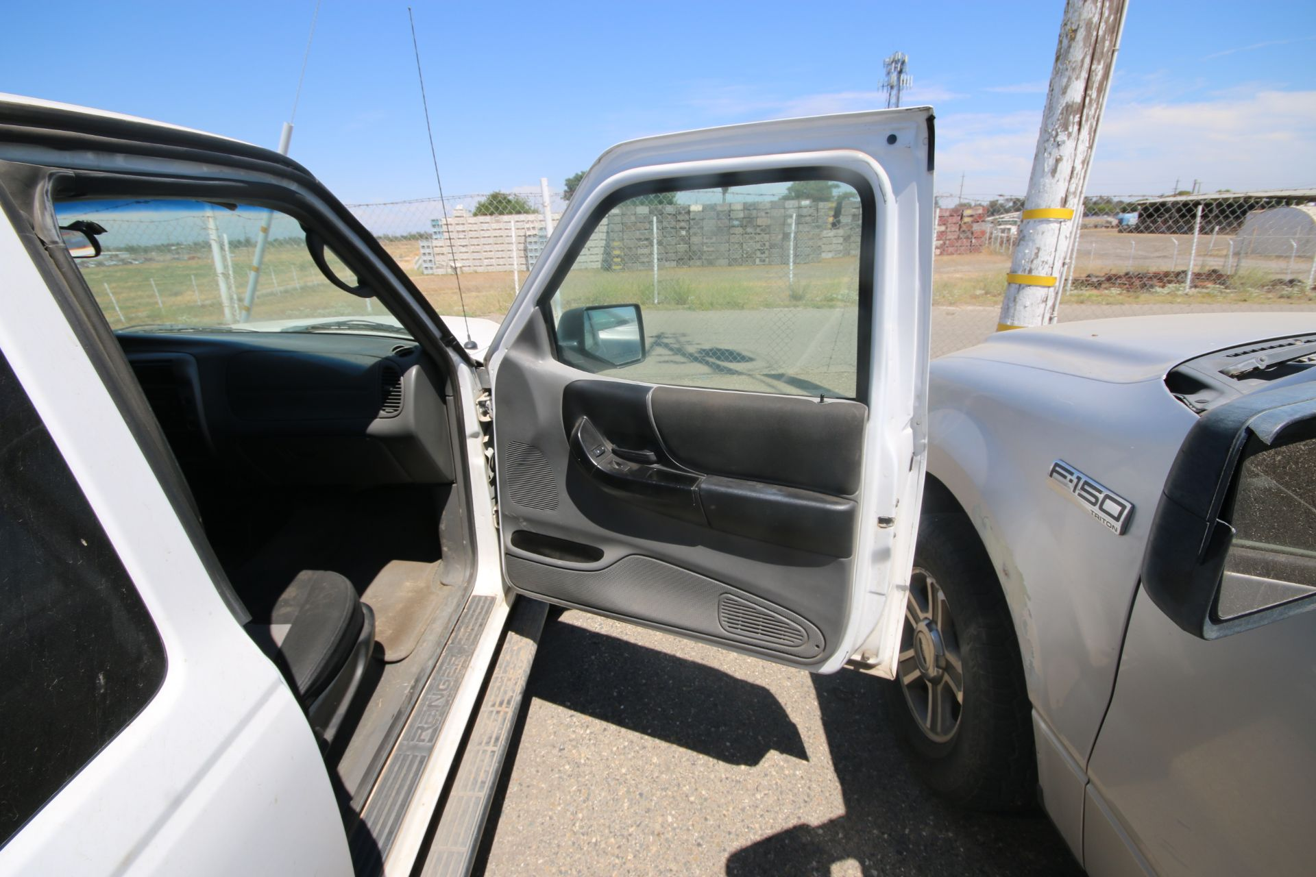 2011 White Ford Ranger Pick Up Truck, VIN #: 1FTLR4FE8BPA37482, with 160,443 Miles, Started Up as of - Image 12 of 24