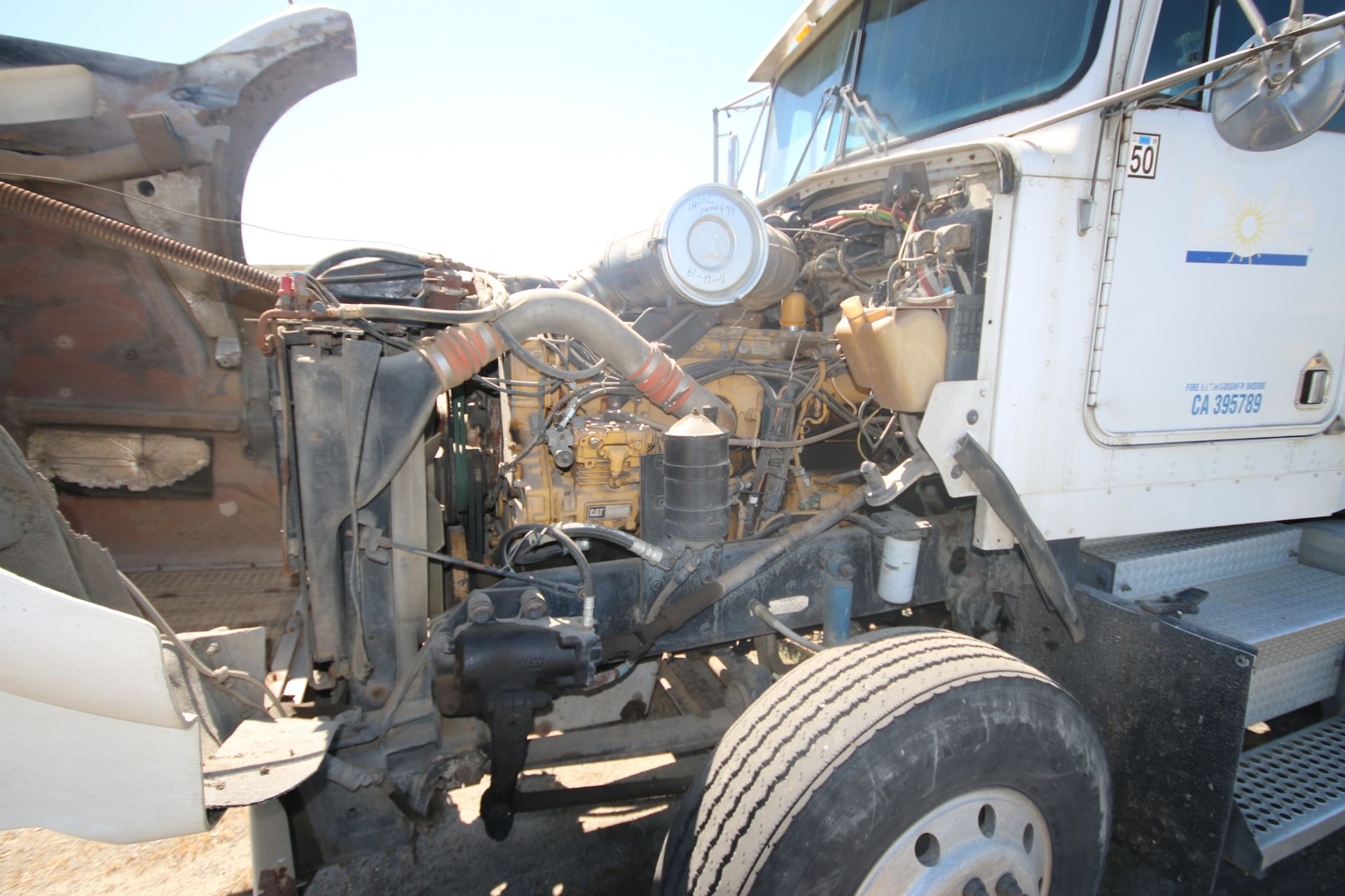 1996 Kenworth 3-Axle Roll-Off Straight Truck, VIN #: 1XKDDB9XOTS687107, with 24,722 Miles, License - Image 8 of 30