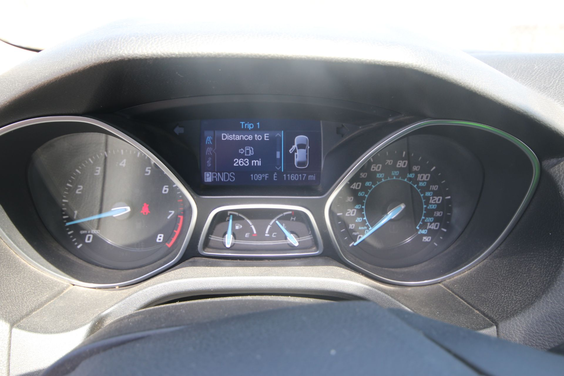 2012 White Ford Focus SE Hatchback 4D, VIN #: 1FAHP3K27CL423326, with 116,017 Miles, with 4-Doors, - Image 19 of 26