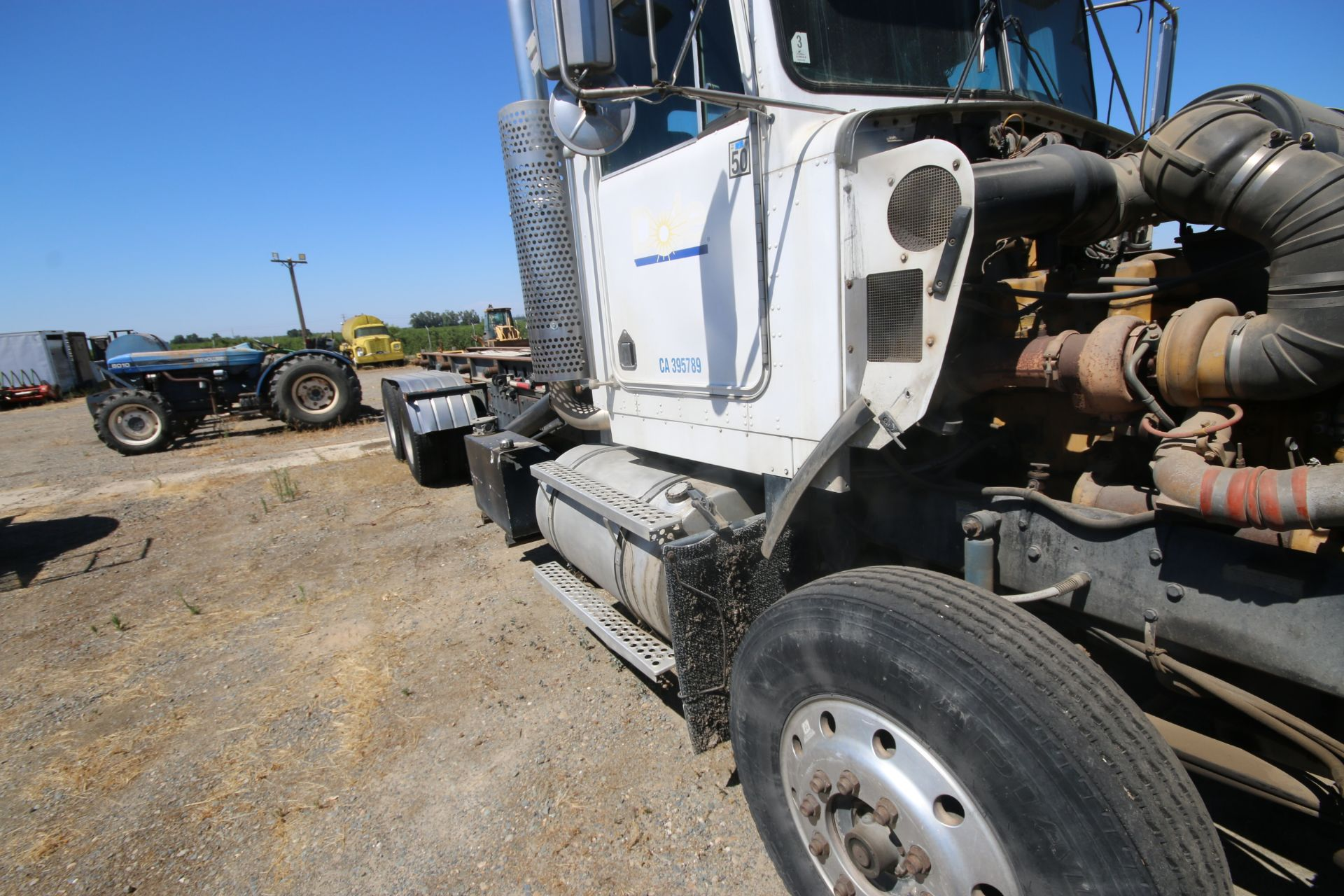 1996 Kenworth 3-Axle Roll-Off Straight Truck, VIN #: 1XKDDB9XOTS687107, with 24,722 Miles, License - Image 25 of 30