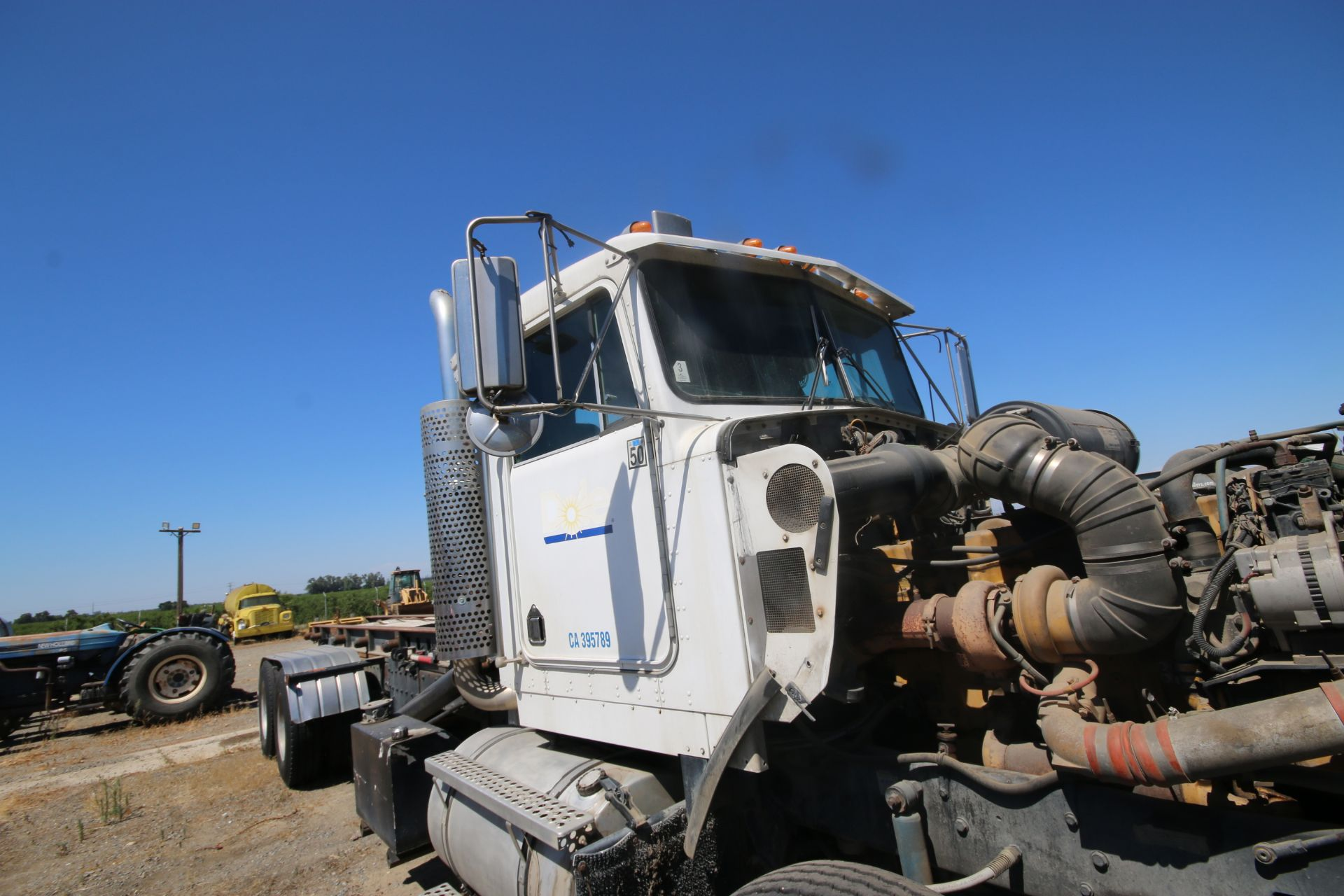 1996 Kenworth 3-Axle Roll-Off Straight Truck, VIN #: 1XKDDB9XOTS687107, with 24,722 Miles, License - Image 24 of 30