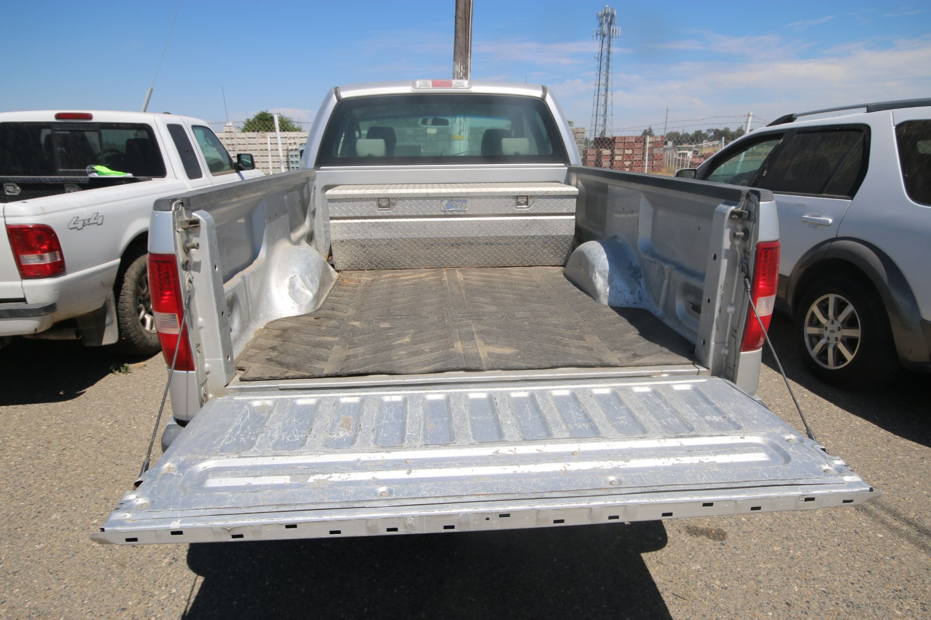 2008 Ford F150 Pick Up Truck, VIN #: 1FTRX12W7BFB9710, with 214,817 Miles, Started Up as of 06/24/ - Image 5 of 24