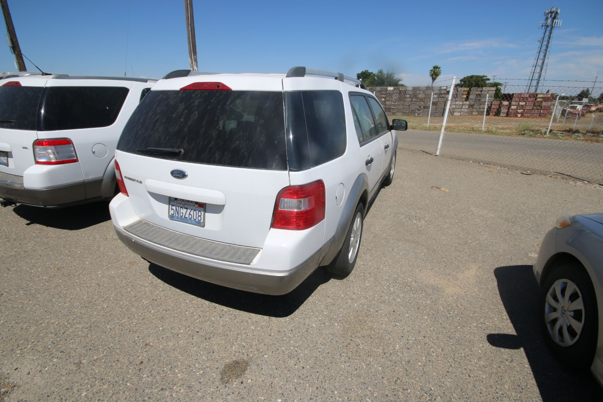 2006 Ford Freestyle, VIN #: 1FMDKO11X6GA41766, with 108,982 Miles, License Plate #: 5NGZ608, Started - Image 4 of 22