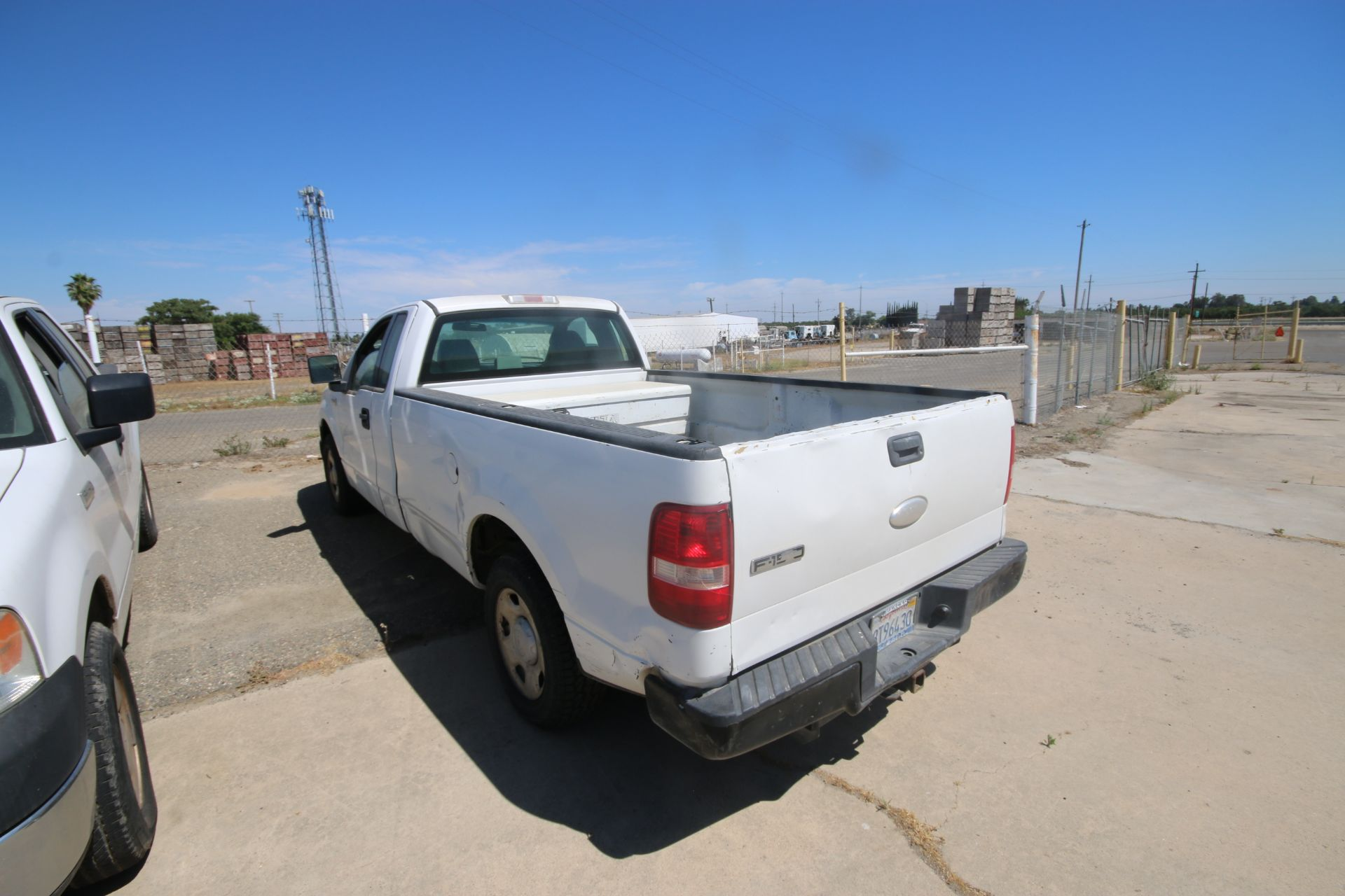 2006 Ford F150 L/B Pick Up Truck, VIN #: 1FTRF12256NA38863, with 167,638 Miles, Started Up as of - Image 8 of 18