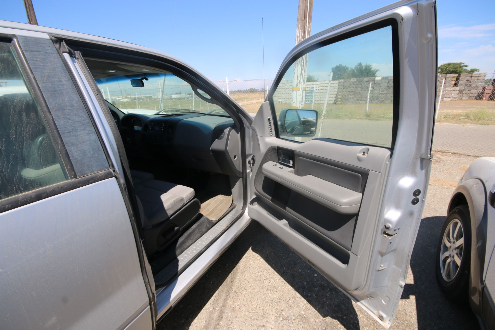 2008 Ford F150 Pick Up Truck, VIN #: 1FTRX12W7BFB9710, with 214,817 Miles, Started Up as of 06/24/ - Image 10 of 24